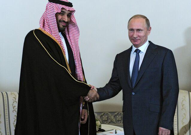 Rusya Devlet Başkanı Vladimir Putin ve Suudi Arabistan Prensi Muhammed bin Salman bin Abdulaziz,