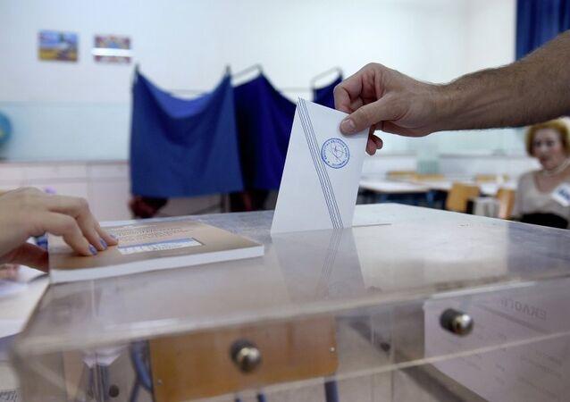 Referandum hem Yunanistan'ın kaderini hem de Başbakan Aleksis Çipras'ın siyasi geleceğini belirleyecek.