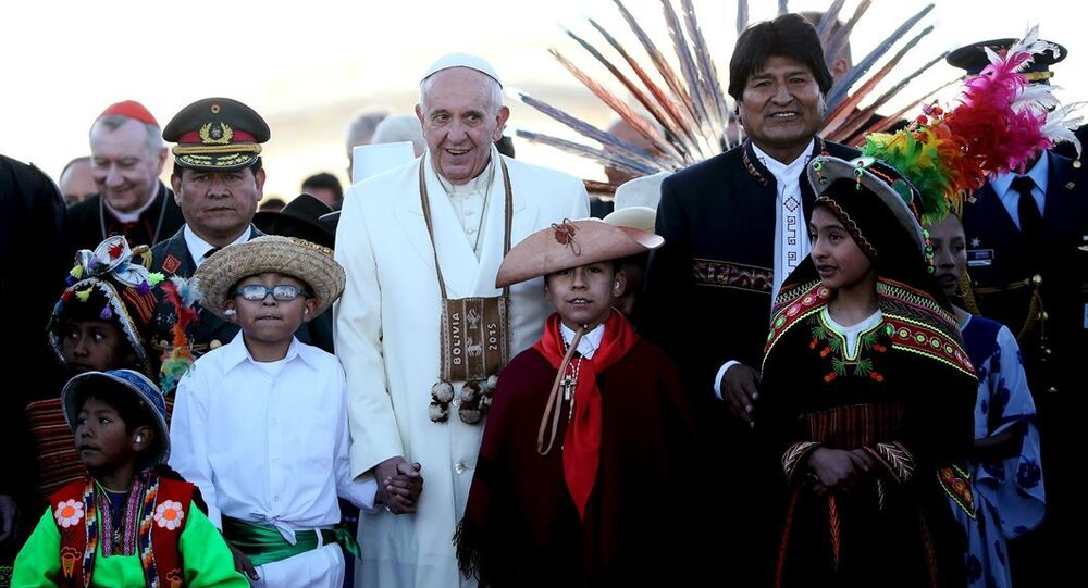Papa Franciscus- Bolivya lideri Evo Morales