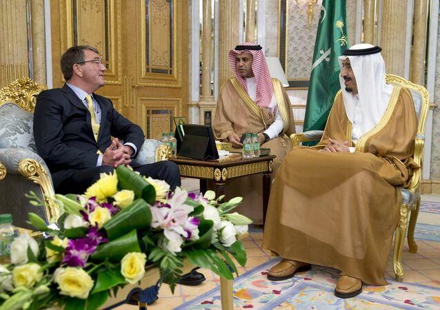 ABD Savunma Bakanı Ashton Carter- Suudi Arabistan Kralı Selman bin Abdülaziz