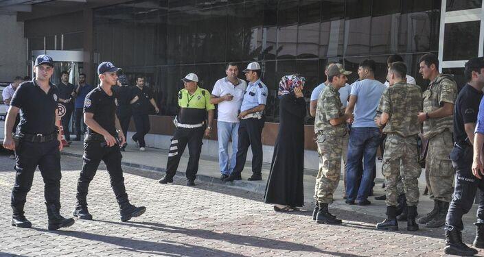 Kilis'te yaralanan askerler, Kilis Devlet Hastanesi'ne kaldırıldı