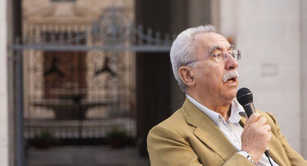 İtalyan gazeteci ve eski AP üyesi Giulietto Chiesa