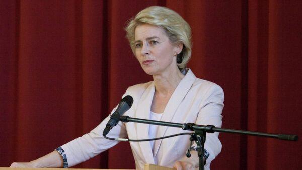 Alman Savunma Bakanı Ursula von der Leyen - Sputnik Türkiye