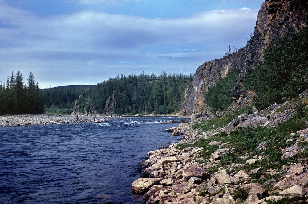 Ural dağları ve Haramatalou nehri