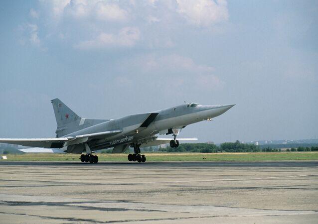 Rusya, ABD'yi Tu-22M3'lerle durduracak