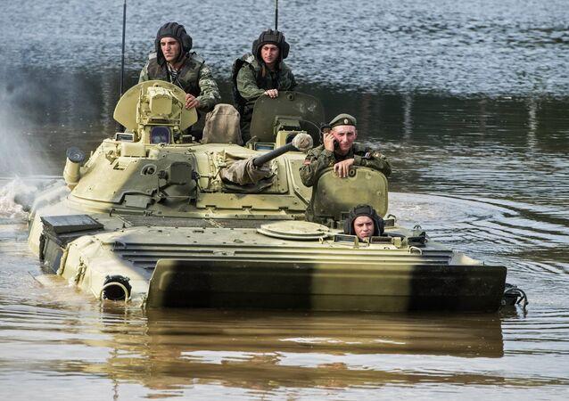 Alabino Bölgesindeki askeri eğitim alanında Uluslararası Ordu oyunları