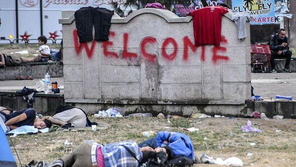 Balkanlar'ın büyüyen sorunu: Kaçak göçmenler - Sputnik Türkiye