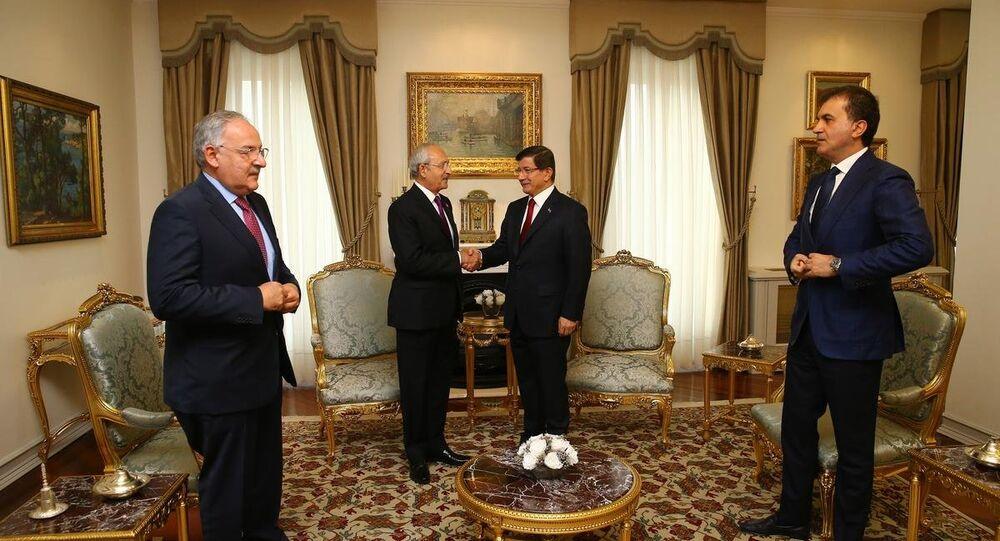 Ahmet Davutoğlu-Kemal Kılıçdaroğlu