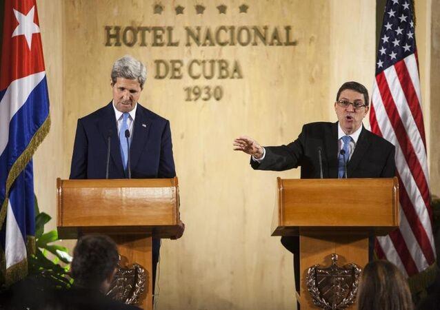 ABD Dışişleri Bakanı John Kerry - Küba Dışişleri Bakanı Bruno Rodriguez