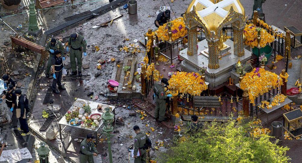 Tayland'da tapınak saldırısı
