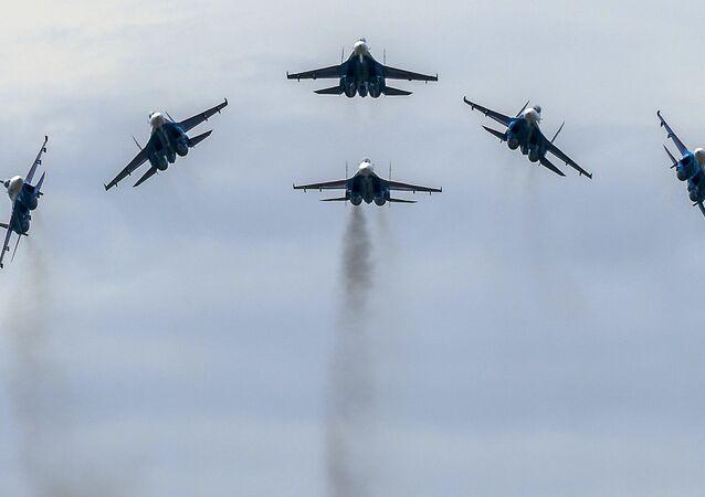 MiG-29 savaş uçakları