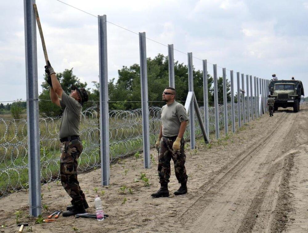 Macaristan - Sırbistan sınırı