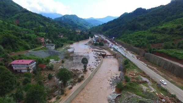 Artvin'deki sel felaketi havadan görüntülendi - Sputnik Türkiye