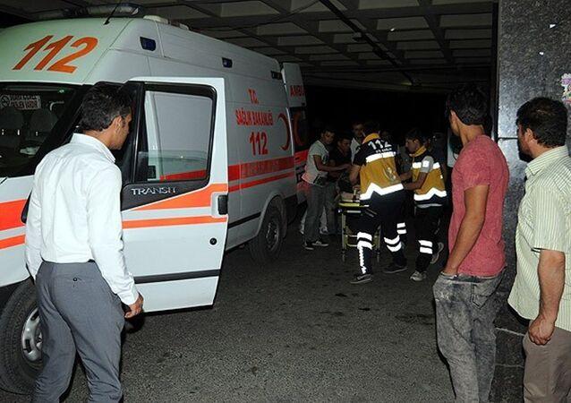 hastane, acil, ambulans