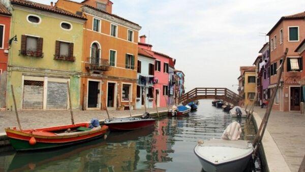 Venedik'te rengarenk bir ada: Burono - Sputnik Türkiye