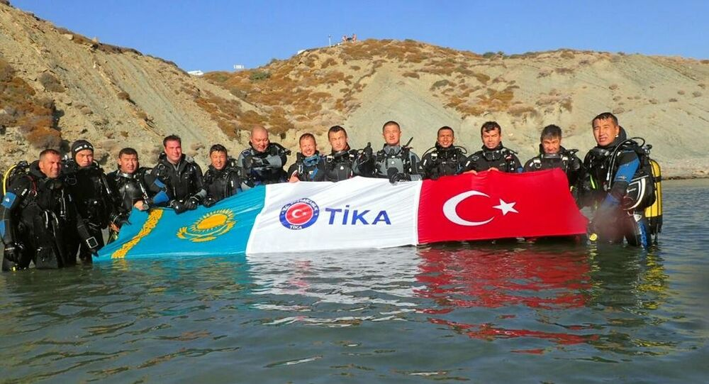 Kazak polislerin dalış eğitimi Türk meslektaşlarından
