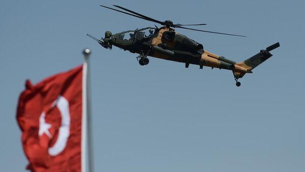 TSK'dan gövde gösterisi  - Sputnik Türkiye