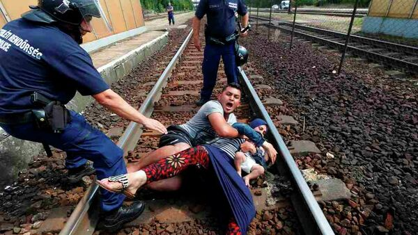 Macaristan - sığınmacı - tren - Sputnik Türkiye