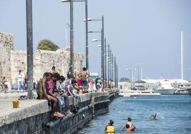 Avrupa'ya gitmek için Yunanistan'ın Kos Adası'na geçen sığınmacılar