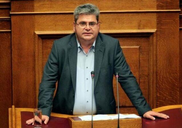 İskeçe SYRIZA milletvekili Hüseyin Zeybek
