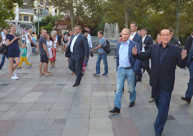 Eski İtalya Başbakanı Silvio Berlusconi - Rusya Devlet Başkanı Vladimir Putin - Kırım