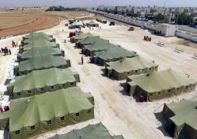 Rusya, Suriye'de sığınmacı kampı kurdu