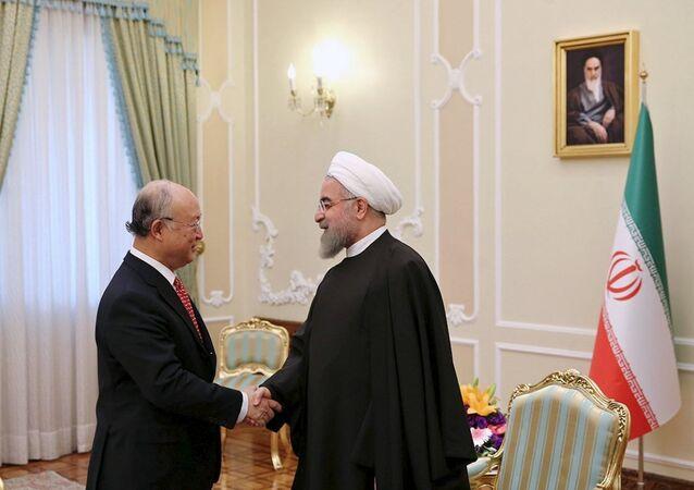 Uluslararası Atom Enerjisi Kurumu (IAEA) Başkanı Yukiya Amano- İran Cumhurbaşkanı Hasan Ruhani