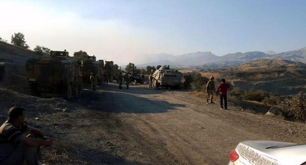 'Canlı kalkan' eyleminden dönen HDP'liler serbest bırakıldı
