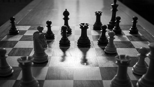 Ruslar, satrançtaki hünerlerini Suriye'de sergiliyor - Sputnik Türkiye
