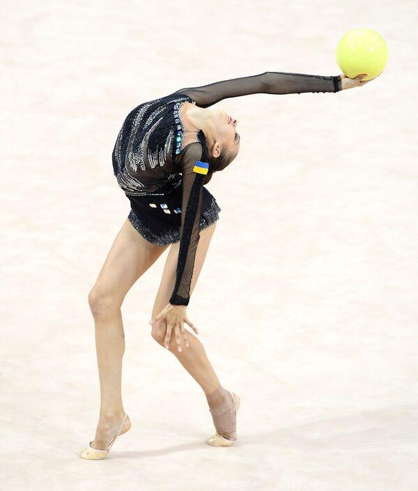 Ukraynalı jimnastikçi Eleonora Romanova, Stuttgart'ta düzenlenen Ritmik Jimnastik Dünya Şampiyonası'nda. - Sputnik Türkiye