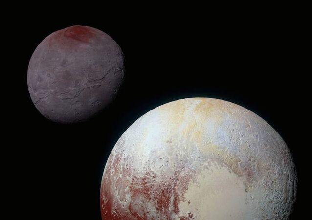 Plüton'un uydusu Charon
