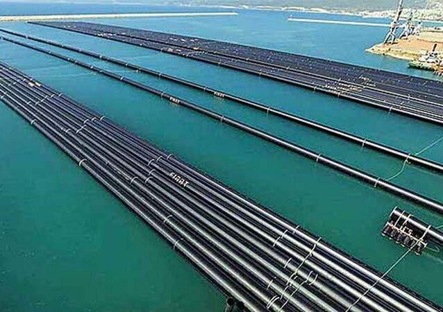 Kıbrıs-Türkiye su hattı