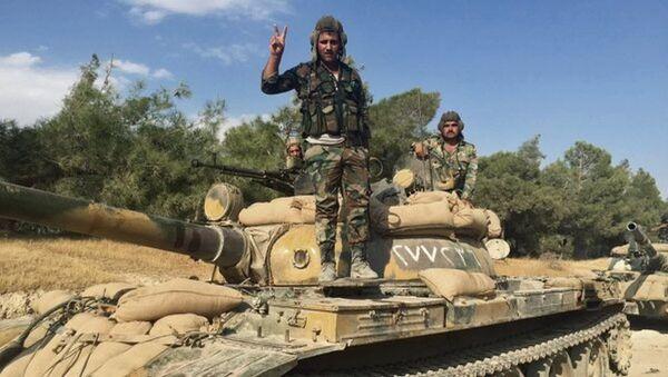 Suriye istihbaratı, IŞİD'e giden silah konvoyunu ele geçirdi - Sputnik Türkiye