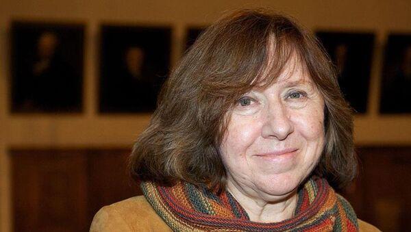 Nobel Edebiyat Ödülü Svetlana Aleksiyeviç - Sputnik Türkiye