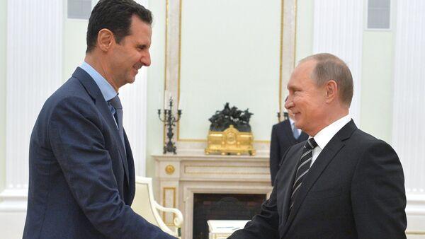 Rusya Devlet Başkanı Vladimir Putin- Suriye lideri Beşar Esad - Sputnik Türkiye