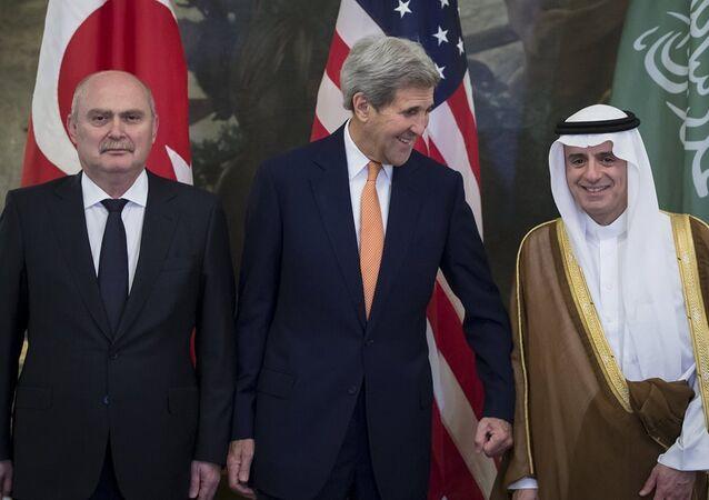 Türkiye Dışişleri Bakanı Feridun Sinirlioğlu - Suudi Arabistan Dışişleri Bakanı Adil El Cübeyr - ABD Dışişleri Bakanı John Kerry