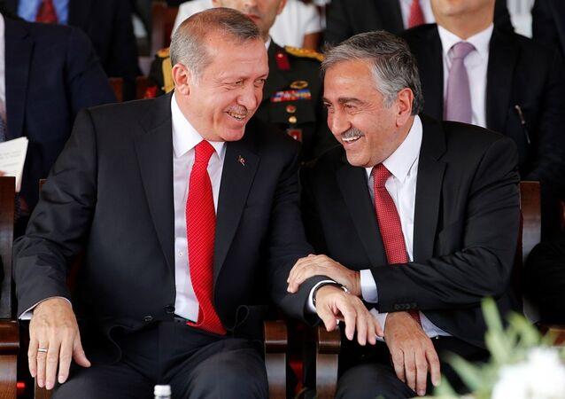 KKTC Cumhurbaşkanı Mustafa Akıncı - Türkiye Cumhurbaşkanı Recep Tayyip Erdoğan
