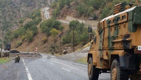 Hakkari-Şırnak karayolunda patlama - Sputnik Türkiye