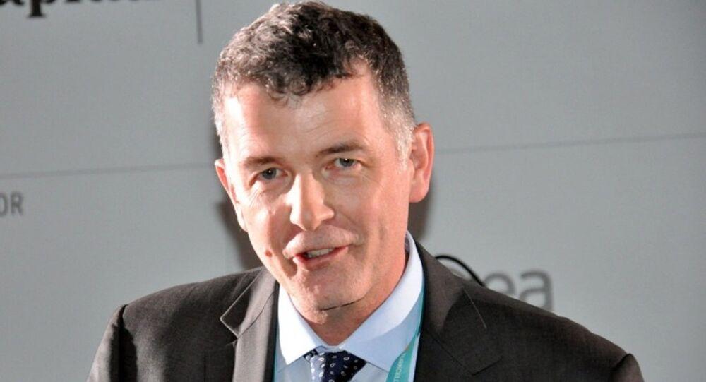 Richard Moore, ocak 2014'ten beri Birleşik Krallık'ın Türkiye Büyükelçisi.