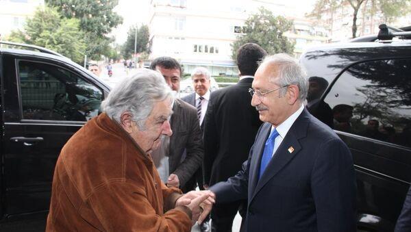Eski Uruguay Devlet Başkanı Jose Mujica ve CHP lideri Kemal Kılıçdaroğlu - Sputnik Türkiye