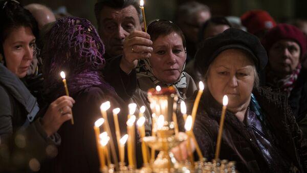 Düşen Rus uçağında ölenler için anma - Sputnik Türkiye