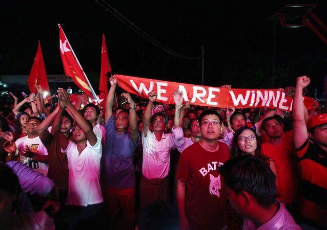 Myanmar seçim - kutlama