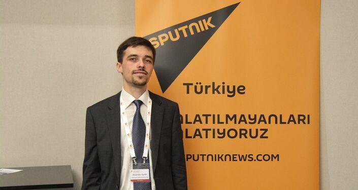 Analiz Merkezi'nin Stratejik Enerji Araştırmaları Direktörü Alexander Kurdin