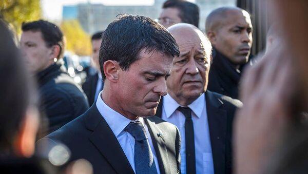 Fransa Başbakanı Manuel Valls - Sputnik Türkiye