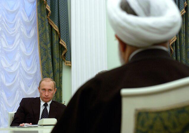 İran Cumhurbaşkanı Hasan Ruhani - Rusya Devlet Başkanı Vladimir Putin