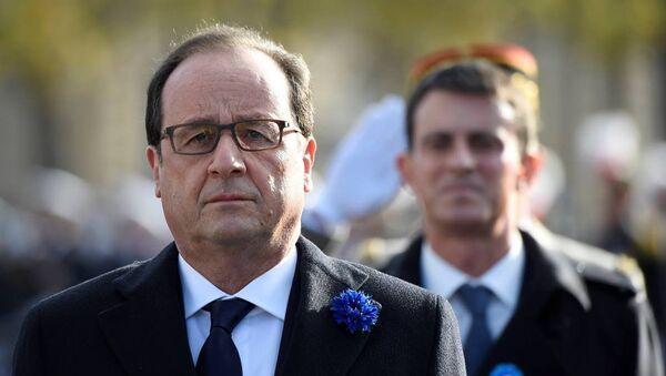 Fransa Cumhurbaşkanı François Hollande - Fransa Başbakanı Manuel Valls - Sputnik Türkiye