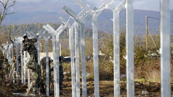Makedonya'dan Yunanistan sınırına dikenli tel - Sputnik Türkiye