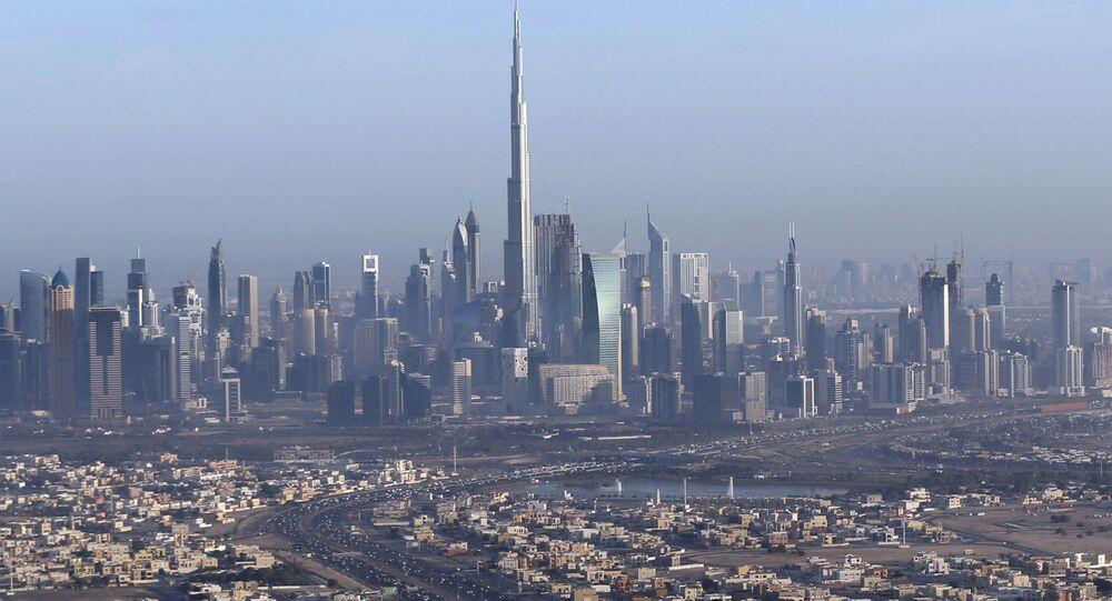 Burç Halife'li Dubai manzarası.