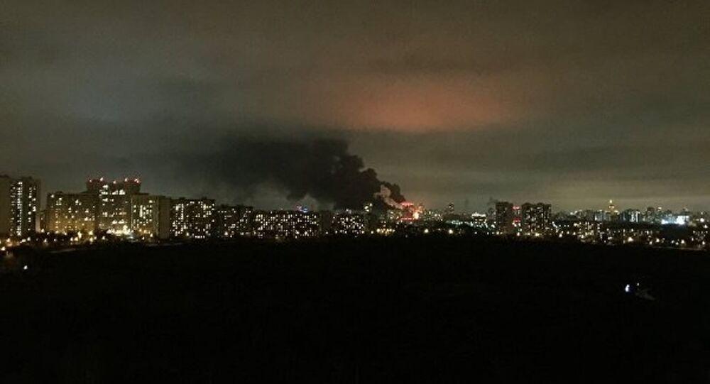Moskova'da 15 bin metrekarelik fabrika yangını