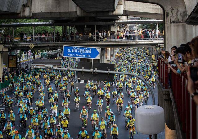 Tayland Kralı Bhumibol'un 88. doğum günü kutlamaları